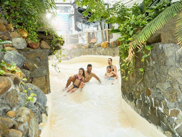 Omgeving Kampeerboerderij De Reehoeve, subtropisch zwembad 2